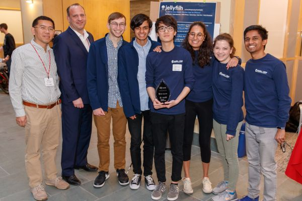 Air Liquide gives award to Health Track App for IHH